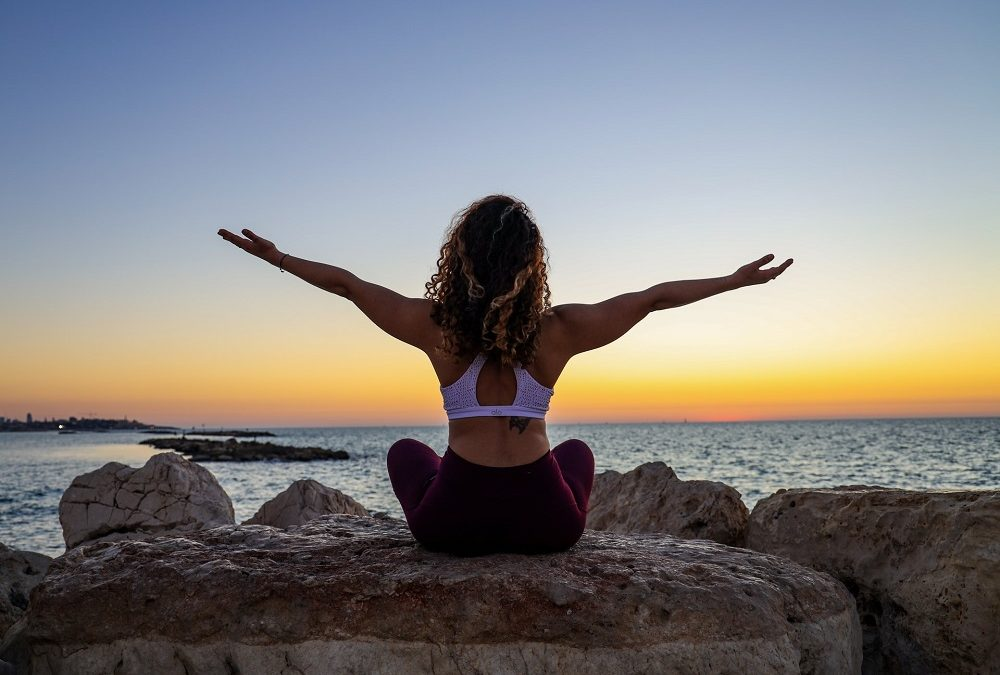 best poses to reduce stress featured image
